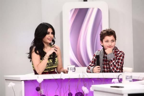 صور هيفاء وهبى 2012 هيفاء وهبى تحتفل براس السنة مع الاطفال فى برنامج سورى بس 112.jpg